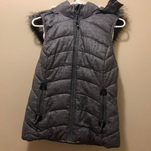 Green Tea Small Grey Hooded Vest